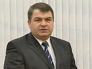 Министр обороны Сердюков может уйти в отставку: его отправят на