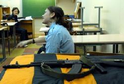 С 2010 года в школах Москвы вводится начальная военная подготовка
