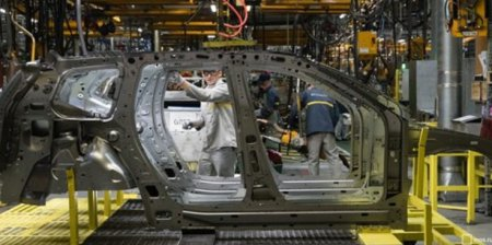 Новый статус Renault: льготы в обмен на инвестиции