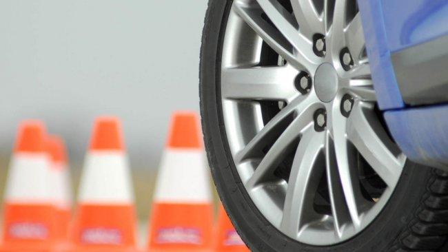 Курсы экстремального вождения помогут выйти из пиковых ситуаций без потерь